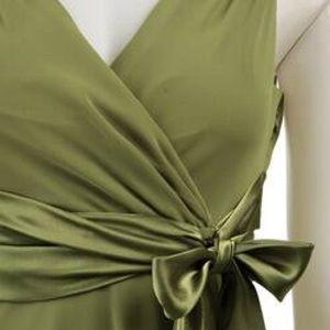 Evan Picone Dresses - Evan-Picone Olive Green Evening Dress size 4